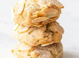 עוגיות שקדים פרוסים.JPG