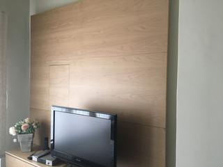 MOBLE TV ambientat amb llum