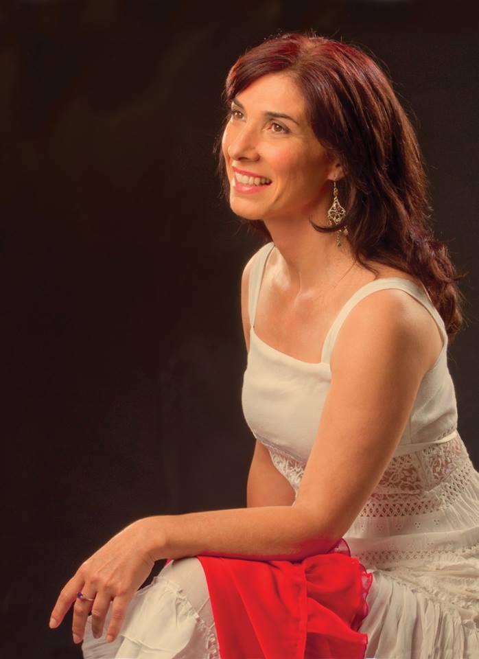 Paula Frondizi