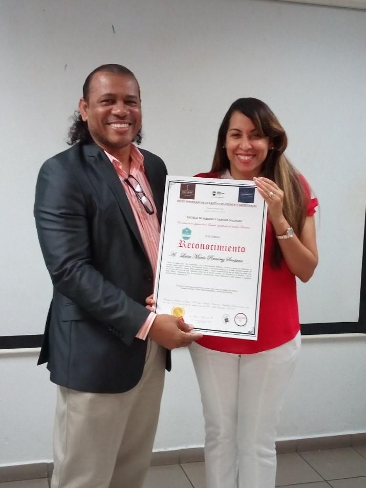 Reconocimiento Mag. Luisa Ramirez