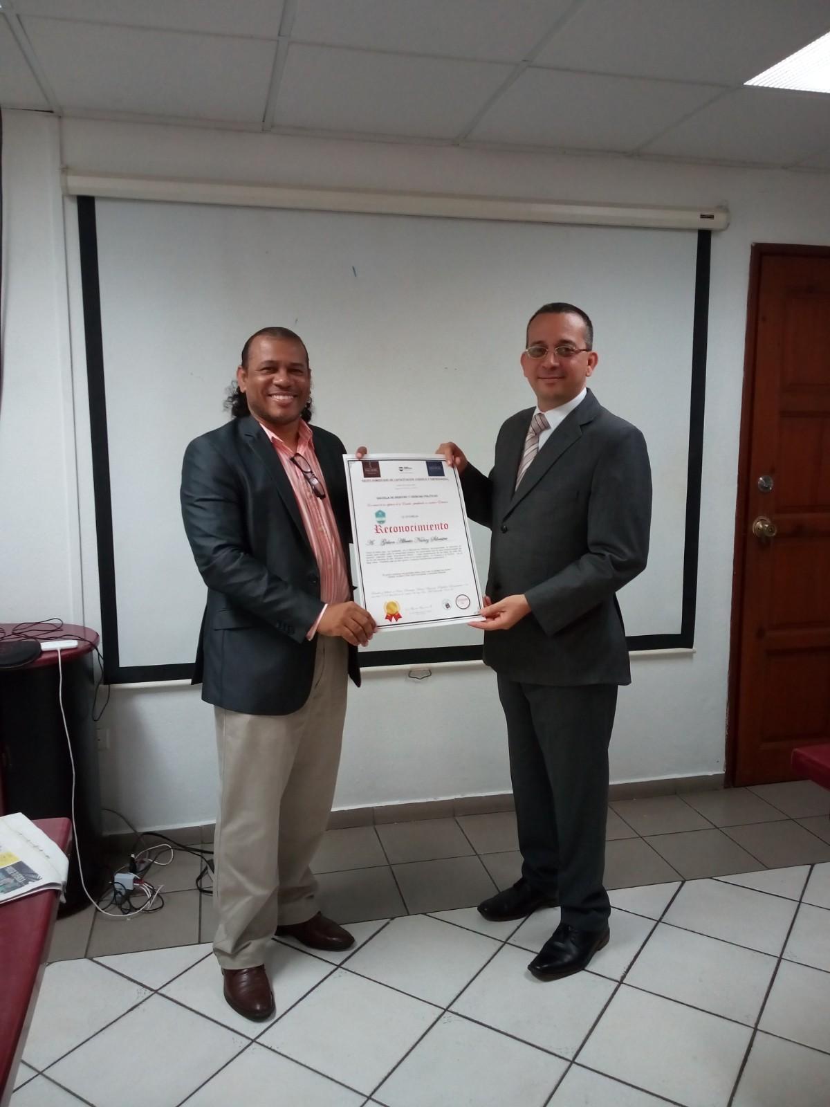 Reconocimiento Mag. Gerson Nuñez