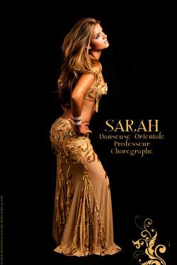 danseuse oriental-sarah-danse-06.jpg-tenue-de-danse-orientale-doré-tenue-de-danse-orientale