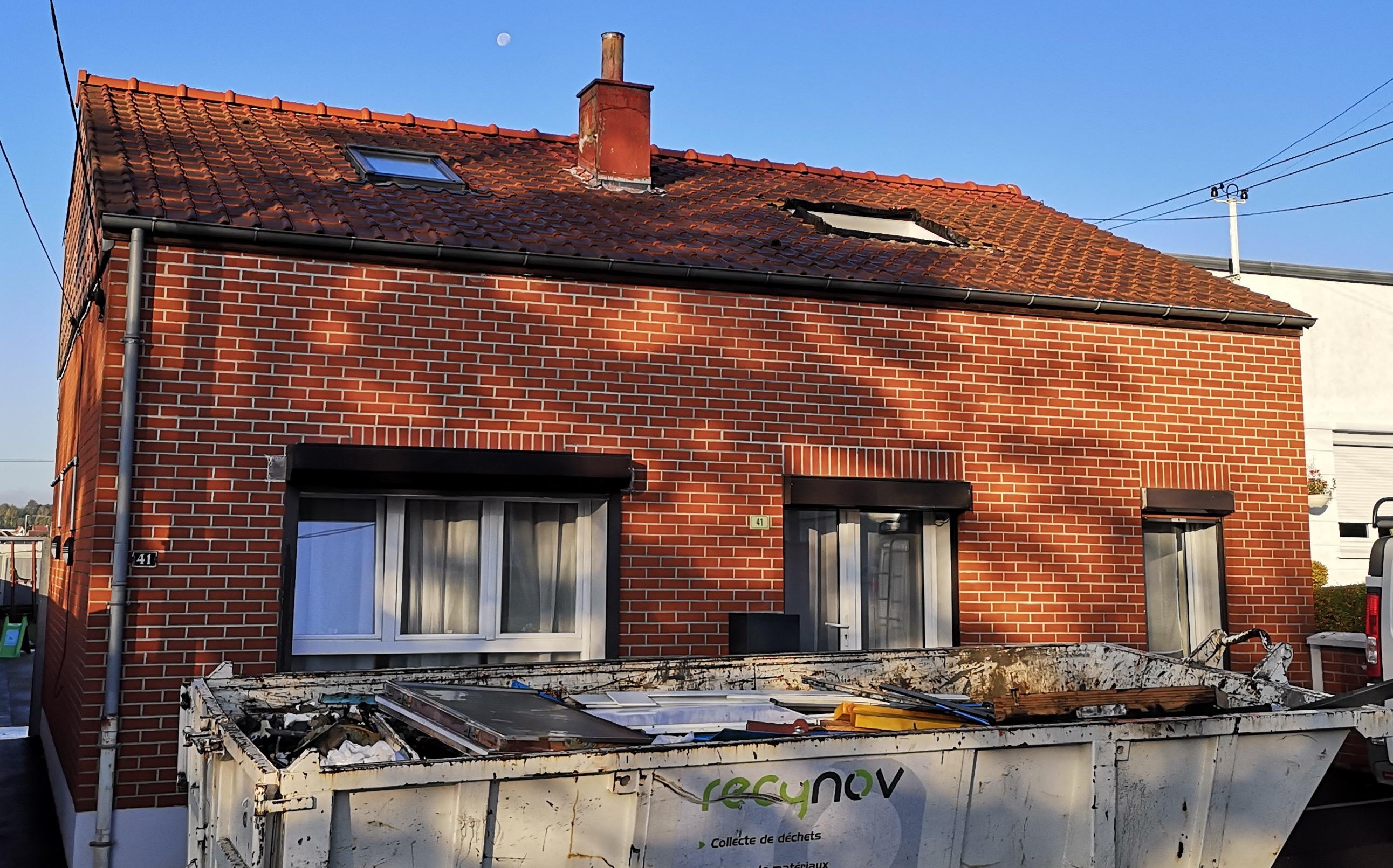 Toiture Sale - Nettoyage et enlever la cheminée