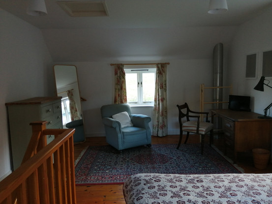 Trebach bedroom