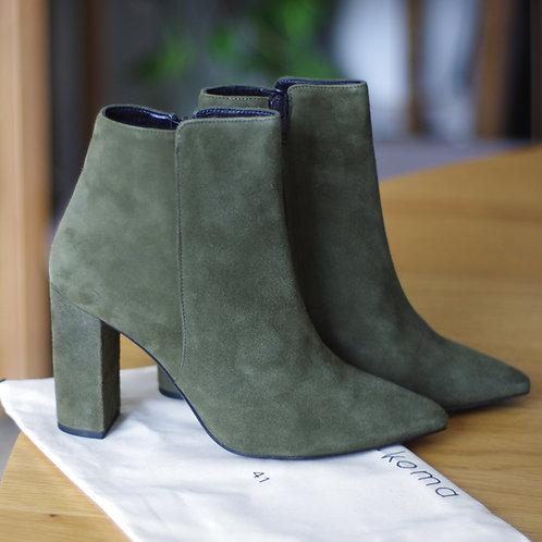 Boots - Karma Koma - T.41