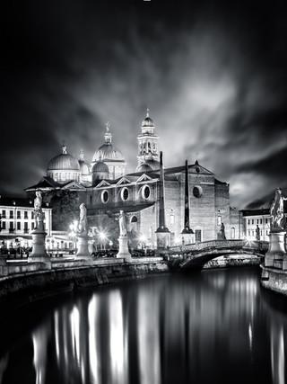 Santa Giustina Padova by Mario Piercarlo Marino