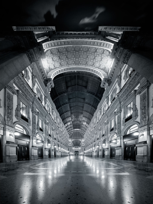Milano Galleria by Mario Piercarlo Marino