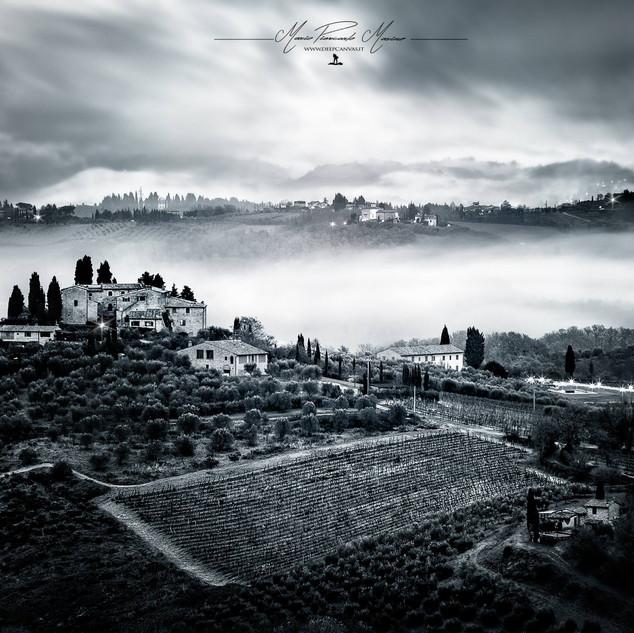 San Giminiano Toscana by Mario Piercarlo Marino