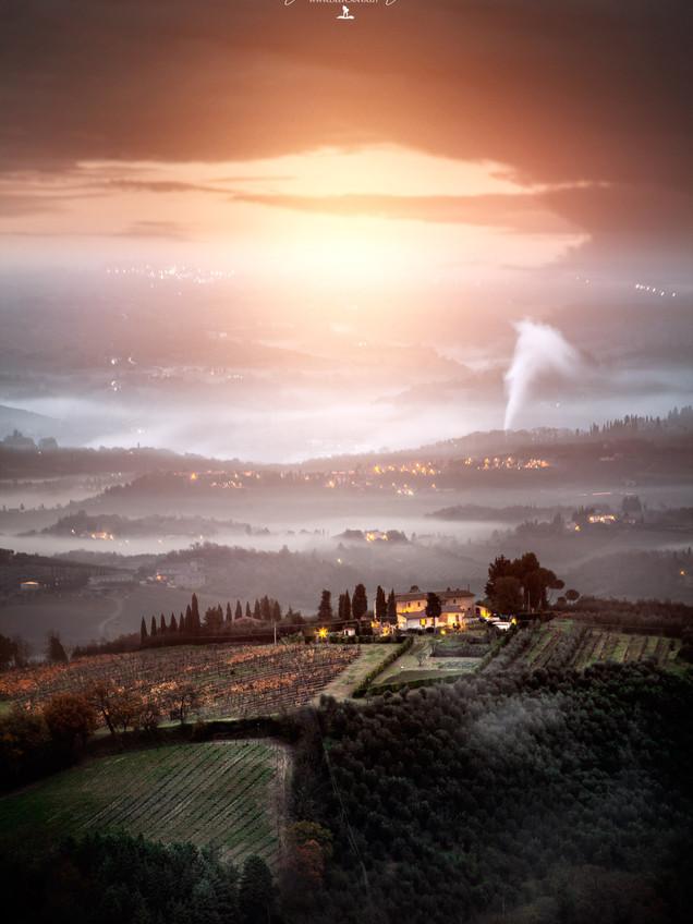 San Giminiano Tuscany Italy photo by Mario Piercarlo Marino
