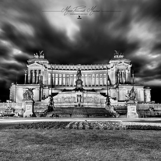 Roma Altare della Patria by Mario Piercarlo Marino