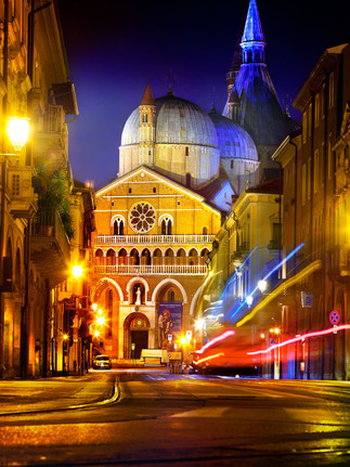 Chiesa del Santo Padova Italy photo by Mario Piercarlo Marino
