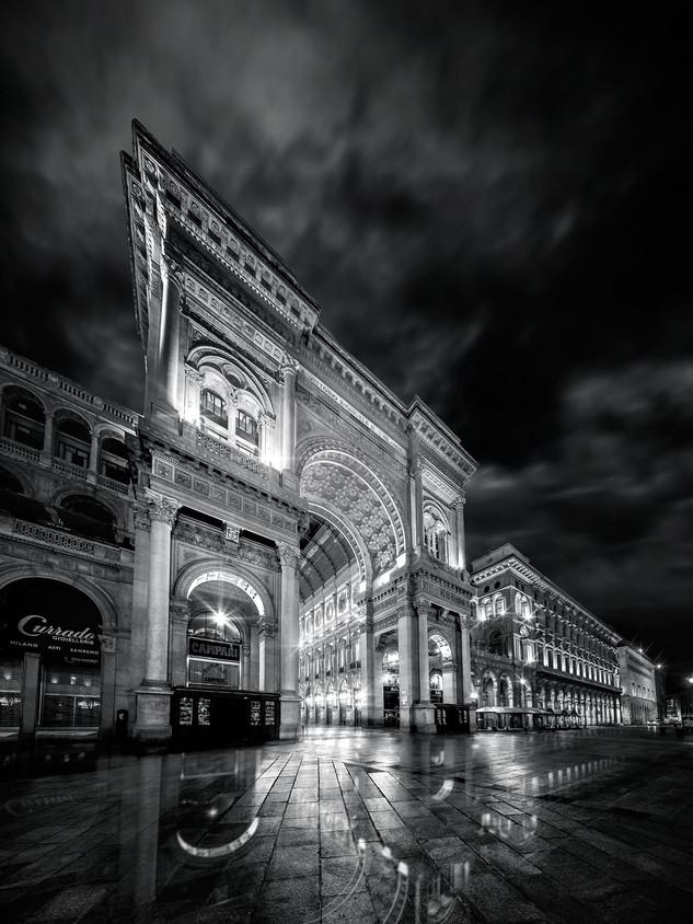 Milano Galleria Duomo by Mario Piercarlo Marino