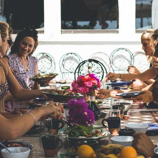 morocco-feasts-healthy-food.jpg