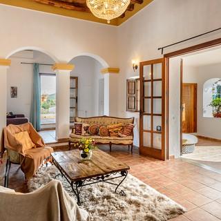 Ibiza-Yoga-Retreat-Luxury.jpg