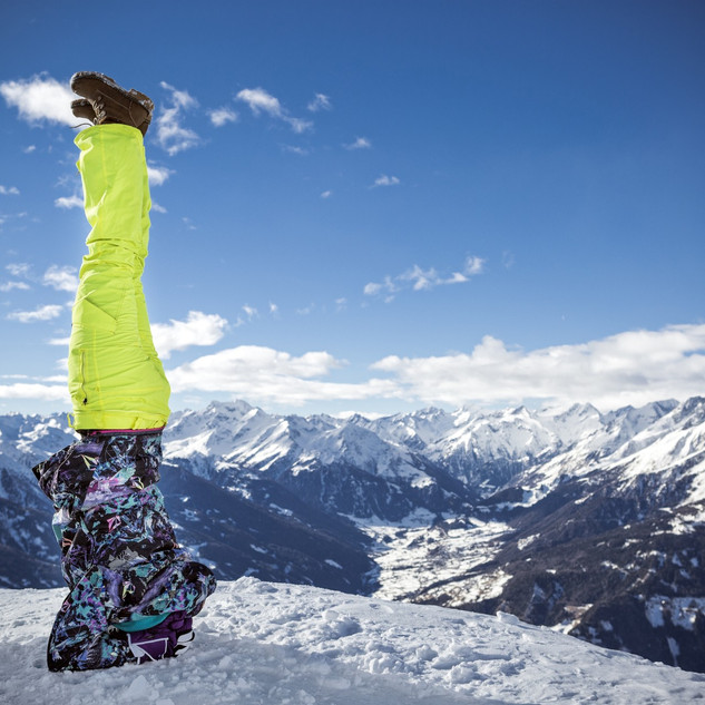 yoga-snow-mountain.jpg