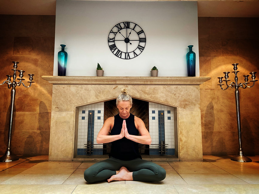 wanderlust-yoga-adventures-gratitude-lar
