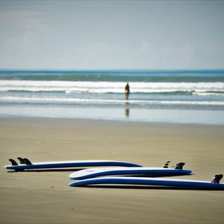Surfboard-beach.jpg