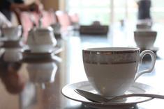 3-labookelle-teacup.jpg