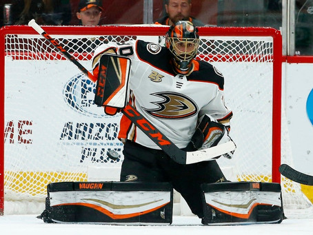 Ryan Miller accroche ses patins