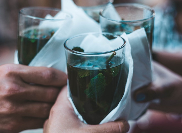 Mint tea ceremony