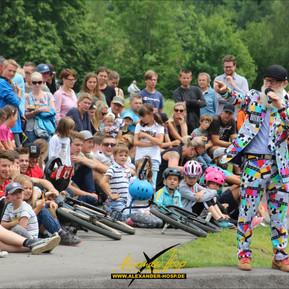 Lorenzo Dee entertainte auf dem Füssener Bike- und Skate-Park