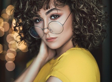 Curly Hair Maintenance – Kick That Frizz to the Curb!