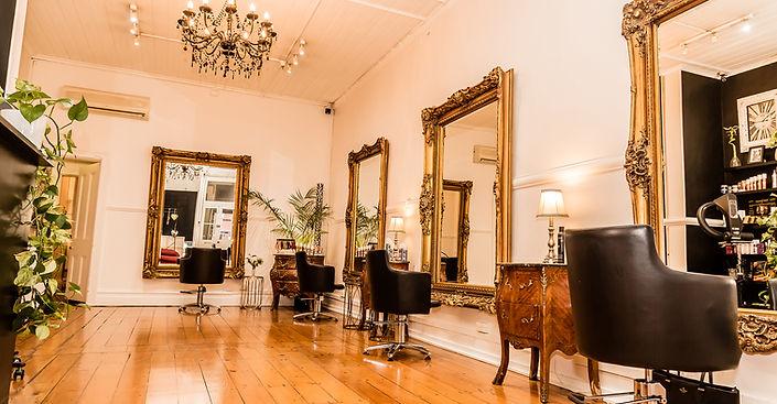 Tais Hair Studio