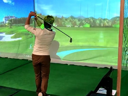 秋田県の打ち放題ゴルフ練習場なら、にかほ市のインドアゴルフ練習場へ