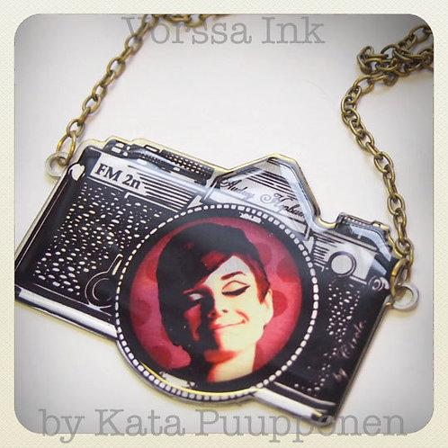 Audrey Hepburn Kitsch Camera
