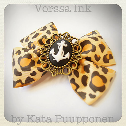 Rockabilly Pin-Up Leopard Bow & Anchor Cameo