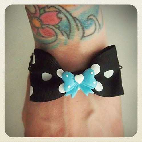 Vintage Pin-Up Style Bow Bracelet