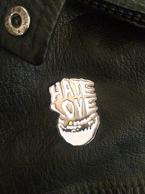 HATE LOVE - soft enamel pin badge