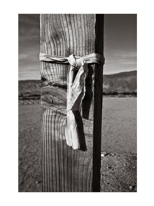 Cloth Tie & Post