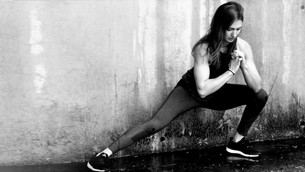 5 yoga poses and stretches for cardio freaks