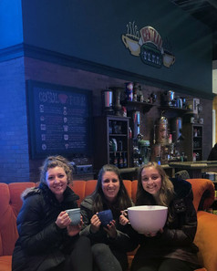 """A """"Central Perk"""" setup in an AT&T store in downtown Chicago. So cool!"""