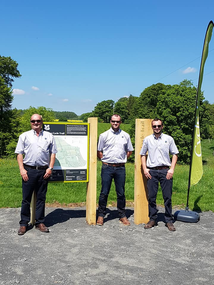 Left: Phil Straughan (Managing Director), Gary Miller (Projet Manager), Daniel Straughan (General Manager)