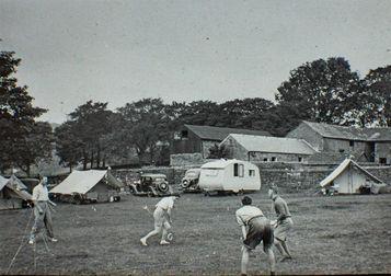 Hopping Farm, Youlgreave, September 10th 1938.
