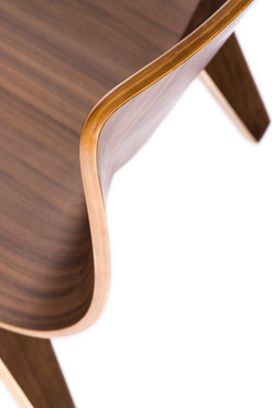 V Lounge Chair detail