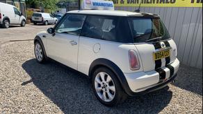 Mini 1.6 Cooper 3dr £1800