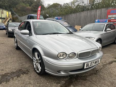 Jaguar X type 2.0 diesel £65 per week