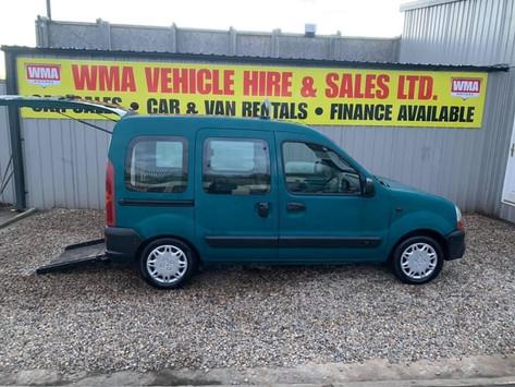 Wheel chair accessible vehicle Automatic Renualt Kangoo 1.4 petrol £80 per week