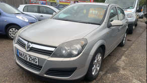AUTOMATIC VAUXHALL ASTRA £55 PER WEEK