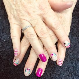 Flower Nails.jpg