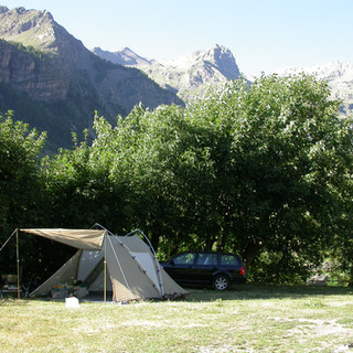 enplacement camping2.JPG