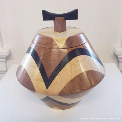 Wooden Vase with Lid