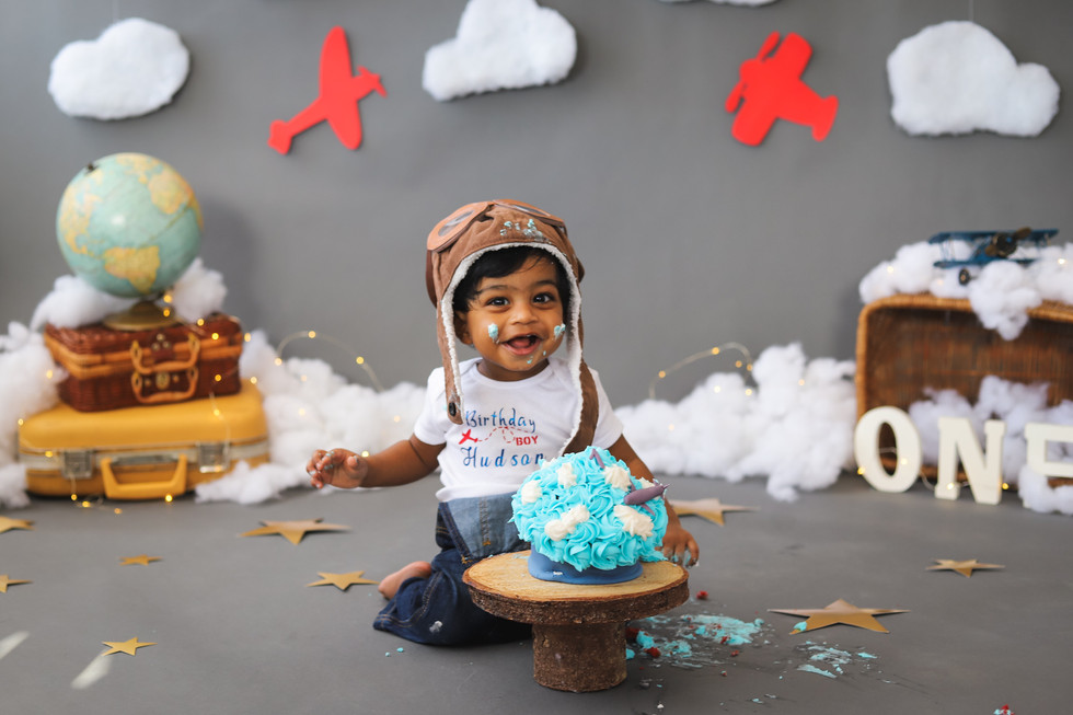 Hudson Turns One!  Time Flies Cake Smash Session