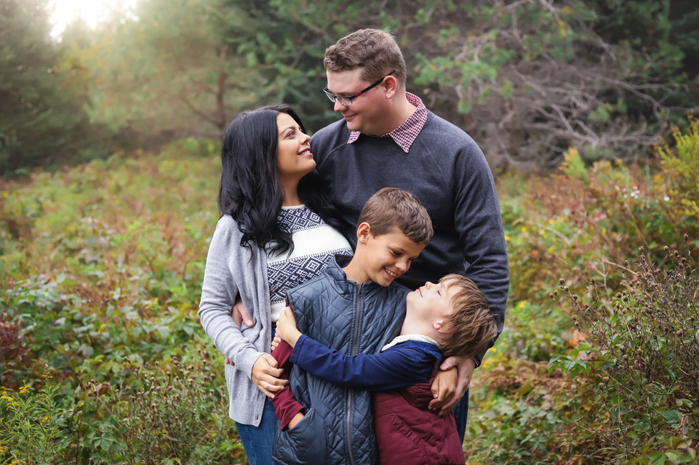 The Beazley Family - A Bay Look-Off Family Session