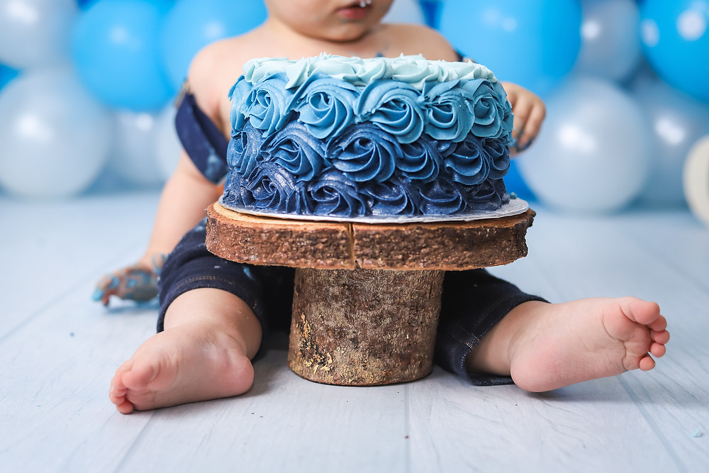 Cake Smash Toe shot