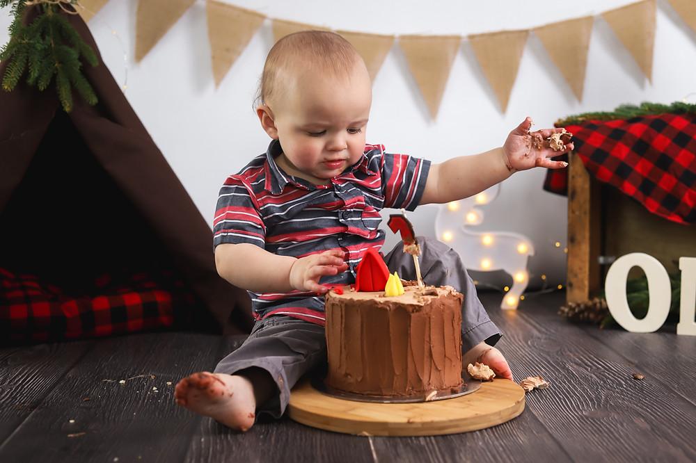 Camping Cake Smash