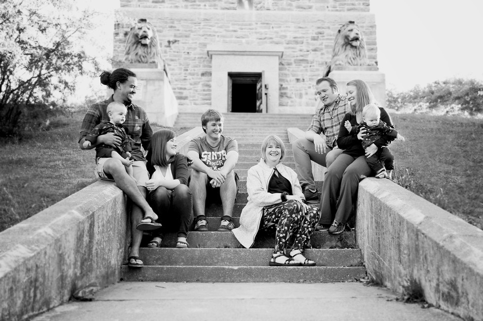 The Cahill Family - An extended family session at the Dingle Tower